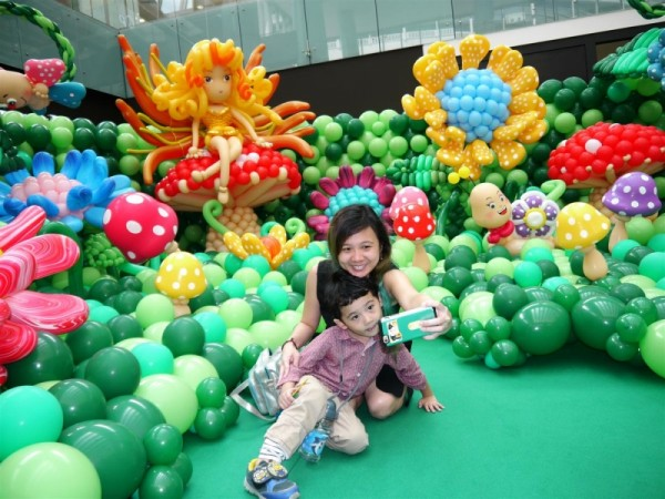Largest Balloon Landscape 2016